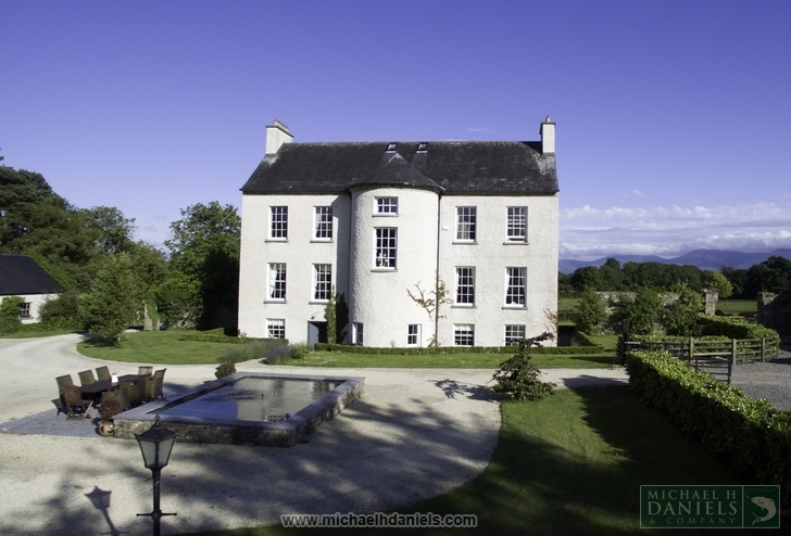 Millgrove House, Cahir, County Tipperary